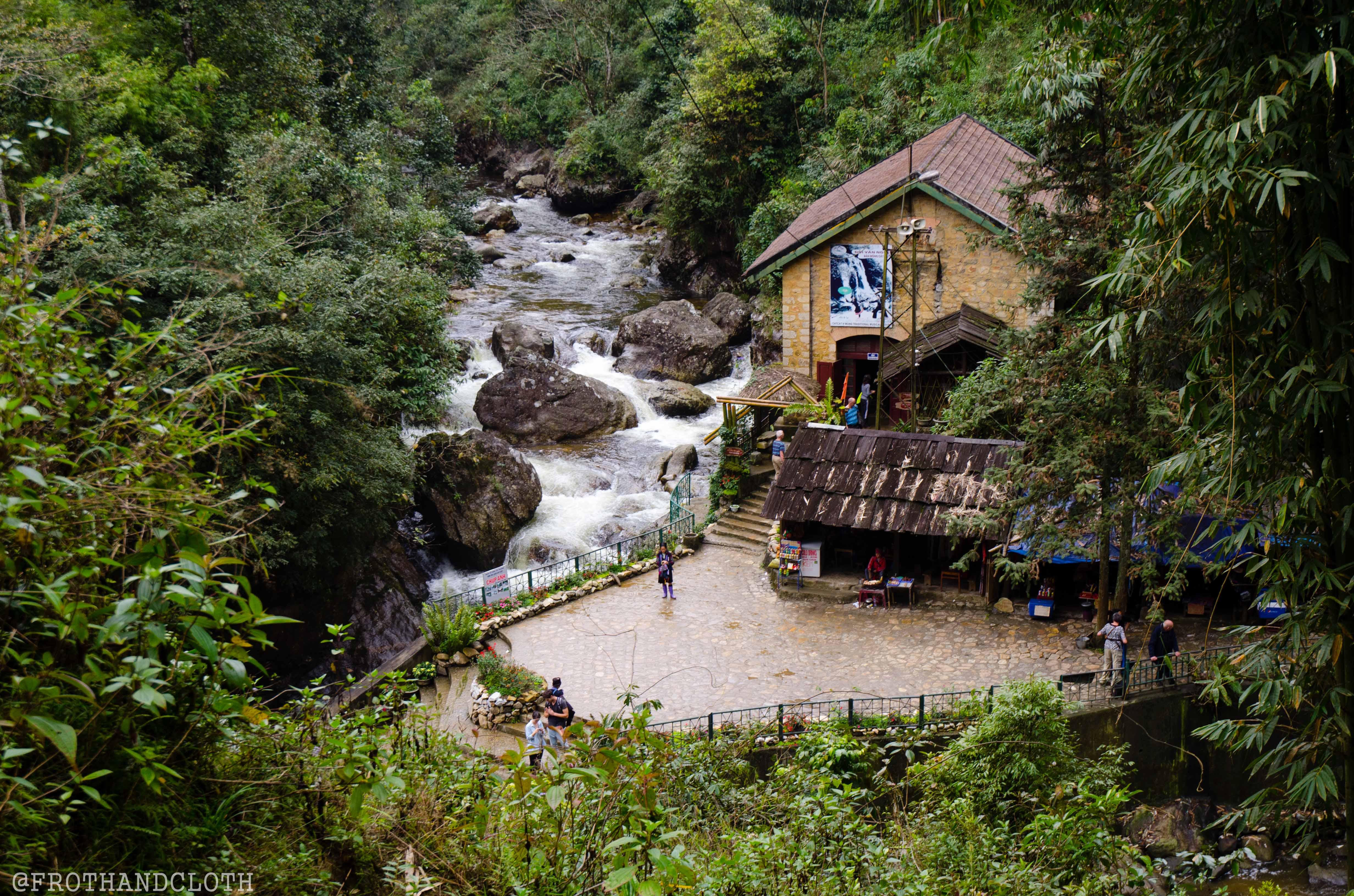 2044 - Vietnam - December 01, 2012